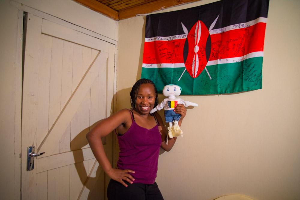 Paveen, Monde et le drapeau du Kenya