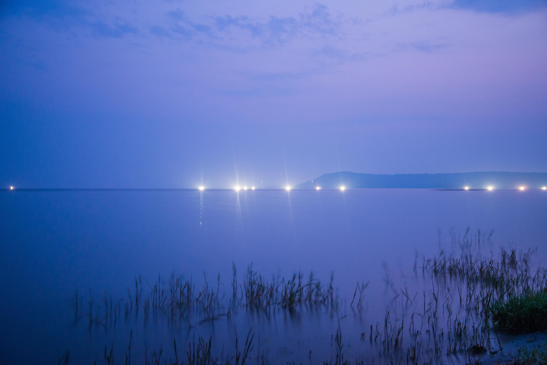 Les pêcheurs d nuit à l'aube à Rusinga Island