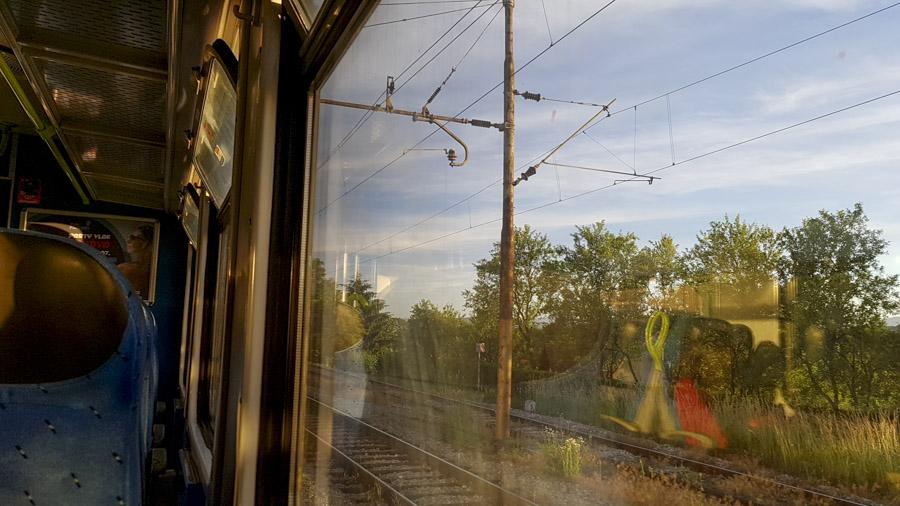 Vue depuis le train, entre Karlovac et Ogulin
